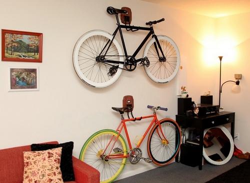 Картинки по запросу велосипед на стене