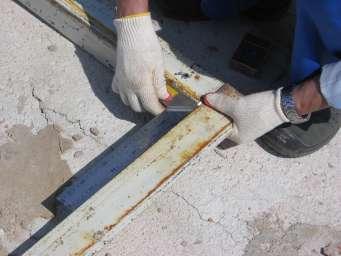 Не менее важно проверять углы рамы, нельзя допускать перекосов