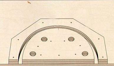 Станок для загибания фанеры с отверстиями для упоров струбцин