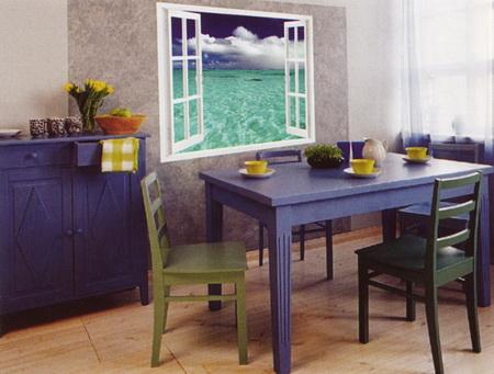 Фальш-окно в столовой