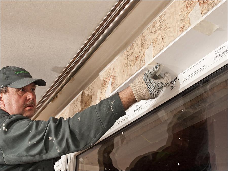 Установка внутренних откосов из ПВХ для пластиковых окон