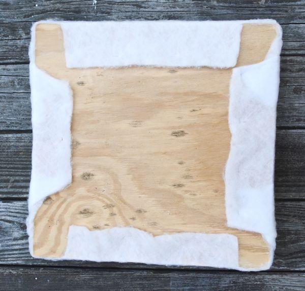 Фанера, поролон и прокладочный материал для сидения табуретки