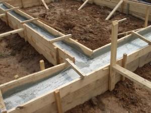 Технология строительства деревянной опалубки для ленточного фундамента