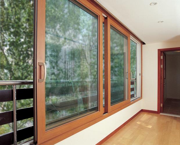 Раздвижные окна из алюминия с цветным профилем
