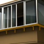 vynosnoe-osteklenie-balkonov