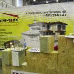 Стенд компании «ЯРМIК». Малоэтажное строительство: винтовые сваи, каркасные дома из SIP-панелей