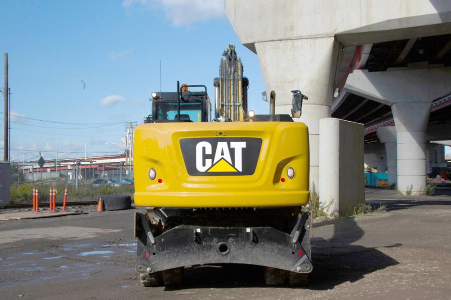Экскаватор Cat 313F L GC. Вид сзади