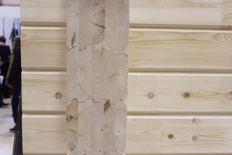 Сруб из клееного бруса с длинными ламелями