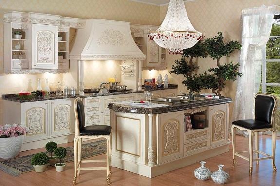 Каменная столешница отлично подойдет для кухни в итальянском стиле