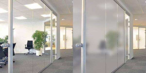 Офисная перегородка с использованием технологии Private Glass