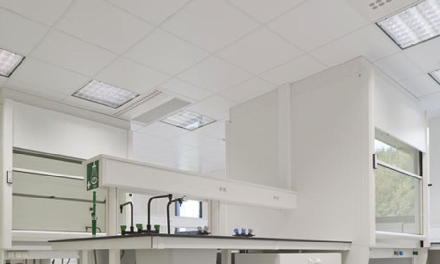 Подвесной потолок Кнауф «Данотил» в лаборатории