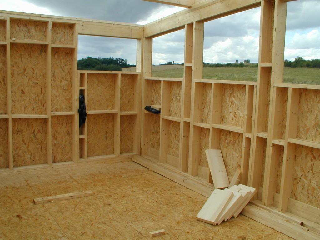 Что нужно для строительства каркасного дома своими руками