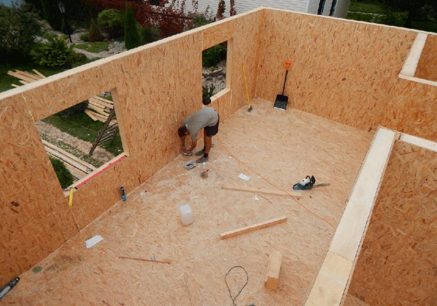 Строителство каркасно-щитового дома