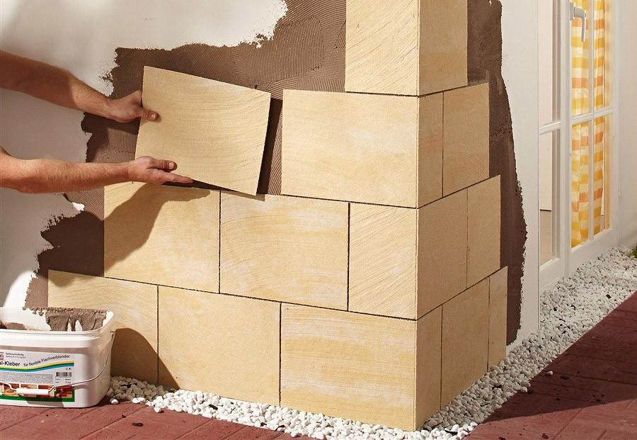Монтаж гибкого камня на стену