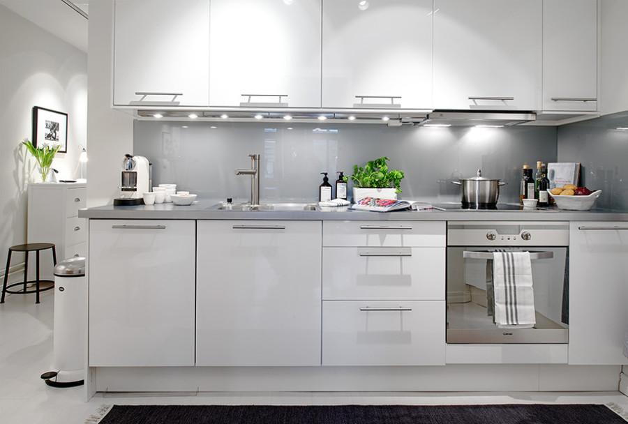 Освещение кухни-гостиной в скандинавском стиле
