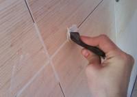 Как заменить затирку между плиткой