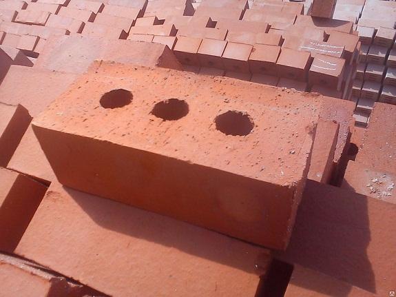 Кирпич глиняный пустотелый