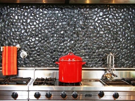 Кухонный фартук из морской гальки