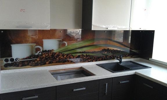 Кухонный фартук в интерьере кухни