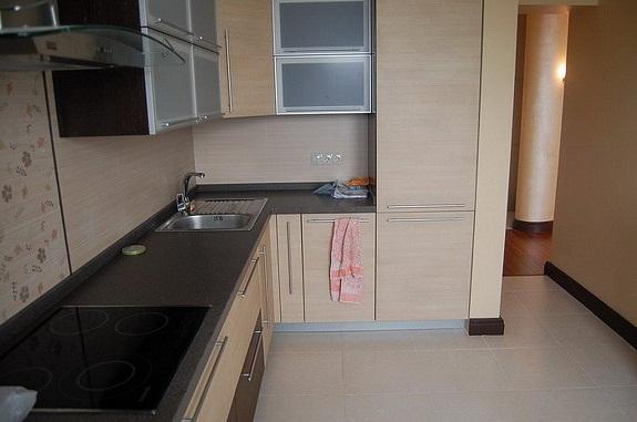 Столешница для бежевой кухни