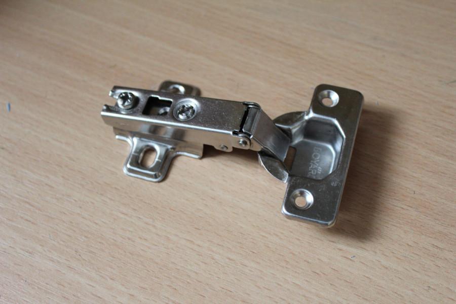 Внутренняя мебельная петля для врезного монтажа, прямой угол