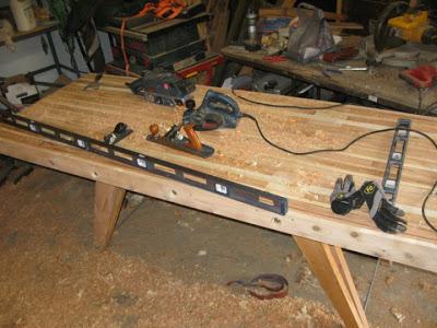 Готовим поверхность стола